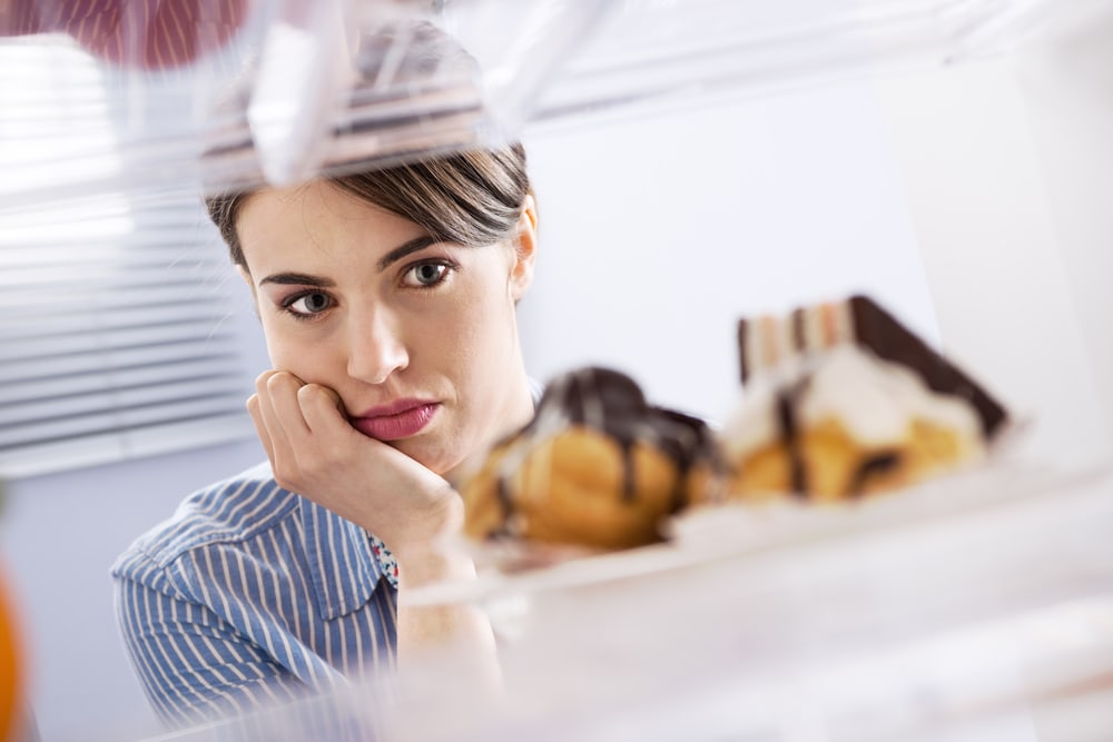 how to control food cravings