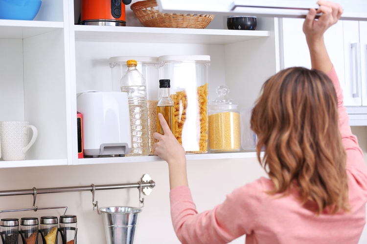organizing-kitchen 7 things to do BEFORE you try to lose weight